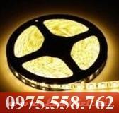 Đèn LED Dán 5M Vàng
