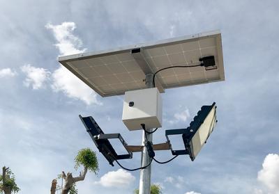 Đèn Solar Light Roiled 100w dùng năng lượng mặt trời chiếu bờ rào khuôn viên